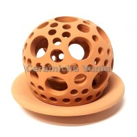 K062- Perfored candle holder