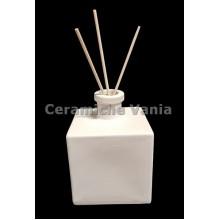 TB P246 - Square bottle perfumer